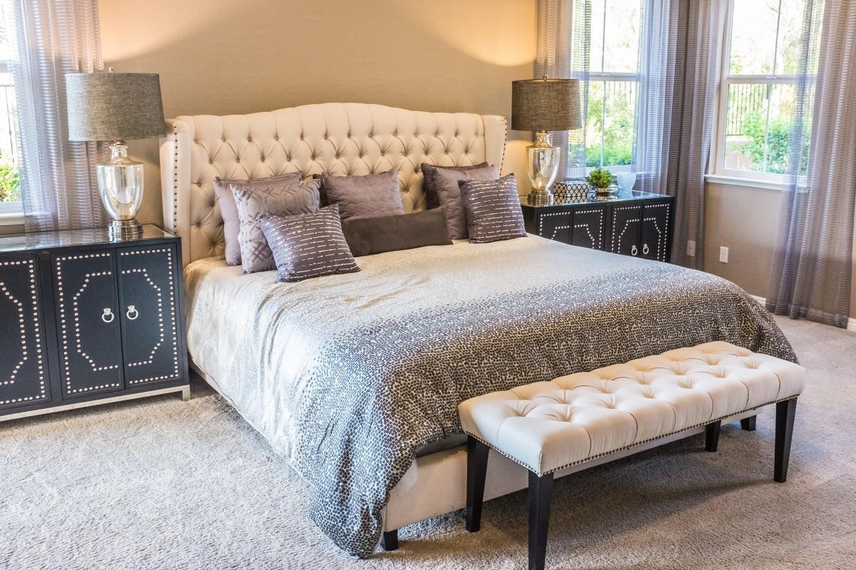 kam postaviti posteljo za boljši spanec
